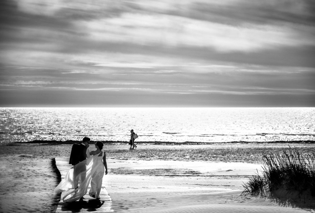 Vestuvių fotografija prie jūros